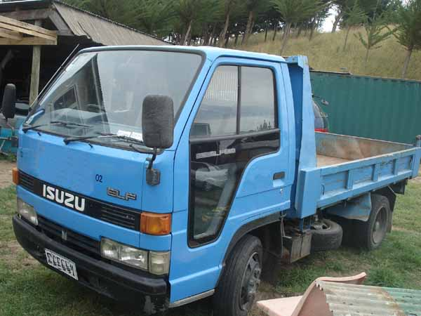 Isuzu Elf 250 Tipper With 4be1 Motor